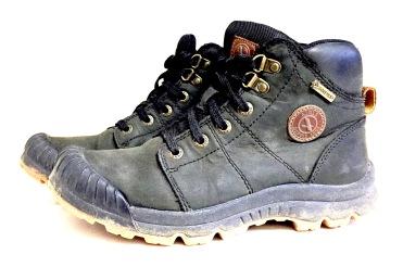 Chaussures de randonnée et de pluie