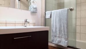 10 actions pour une vie plus slow, minimaliste et zéro déchet dans la salle de bain